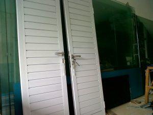 harga-pintu-spandrel-aluminium-300×225-5-300×225