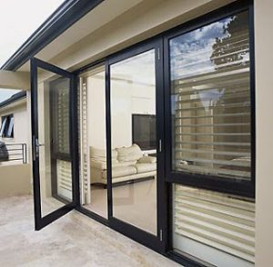 harga-pintu-swing-aluminium-300×294-6