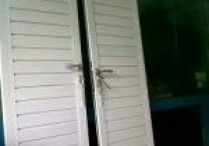 harga-pintu-spandrel-aluminium-300×225-1-150×150